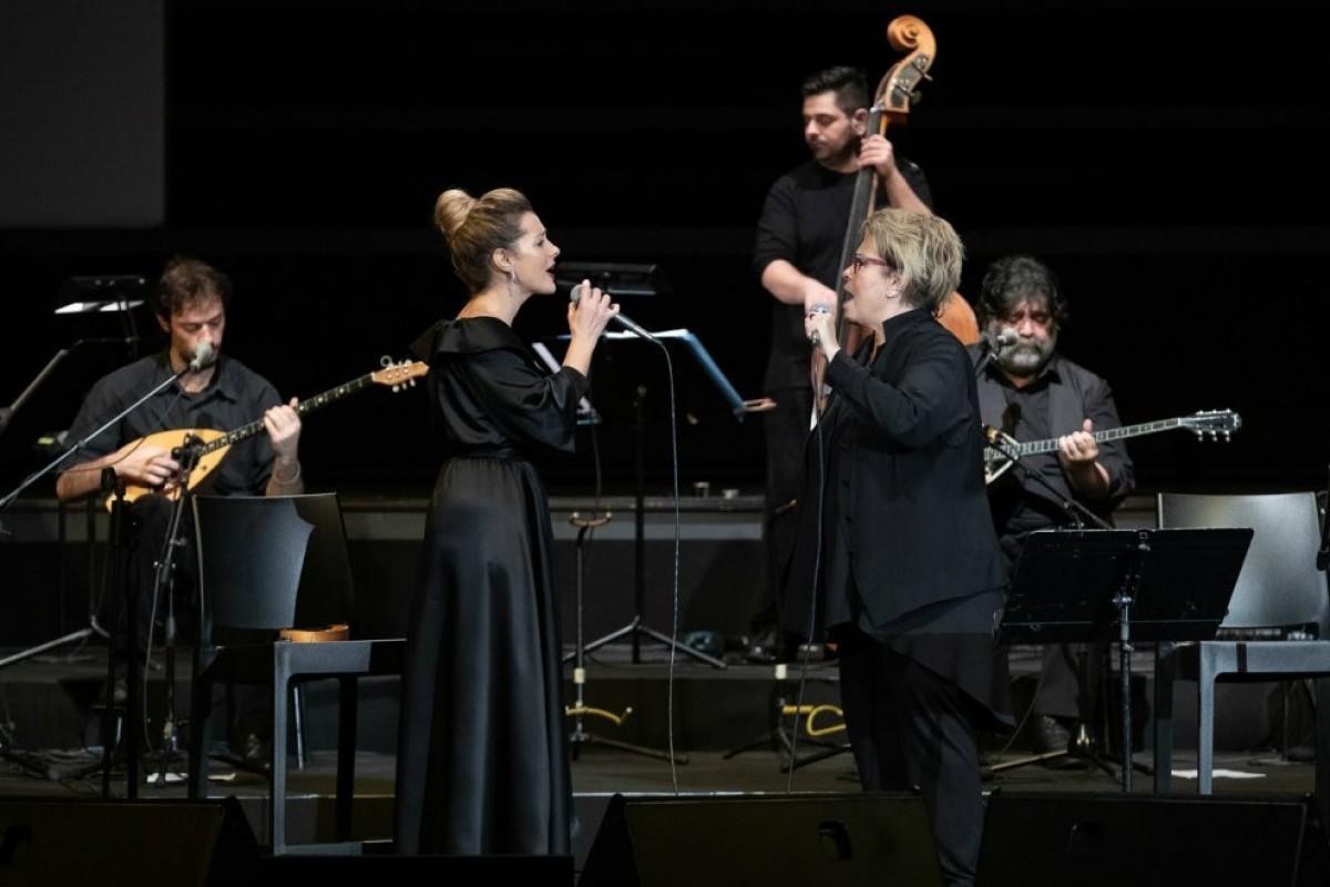 Ορχήστρα Βασίλης Τσιτσάνης Δήμητρα Γαλάνη, Νατάσσα Μποφίλιου